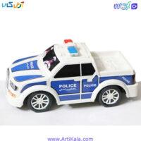 تصویر ماشین پلیس پلاستیکی